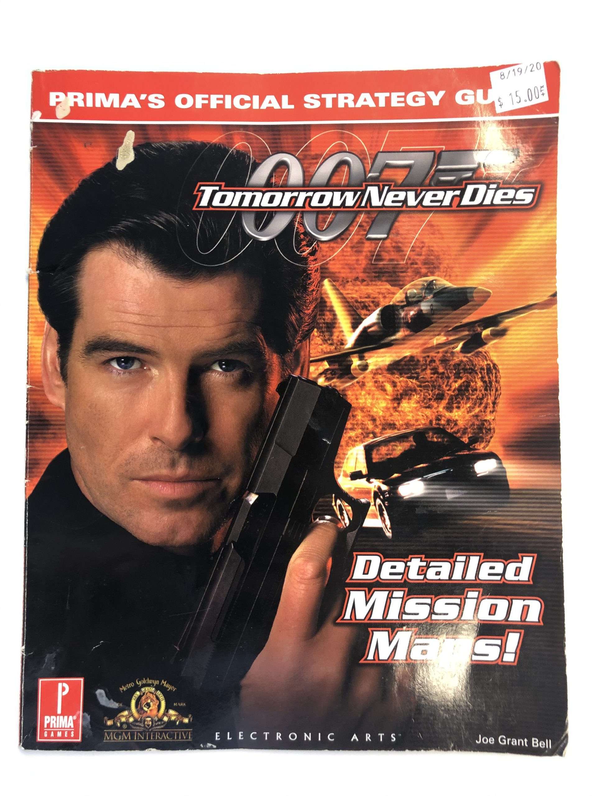 007 Tomorrow Never Dies Guide Book